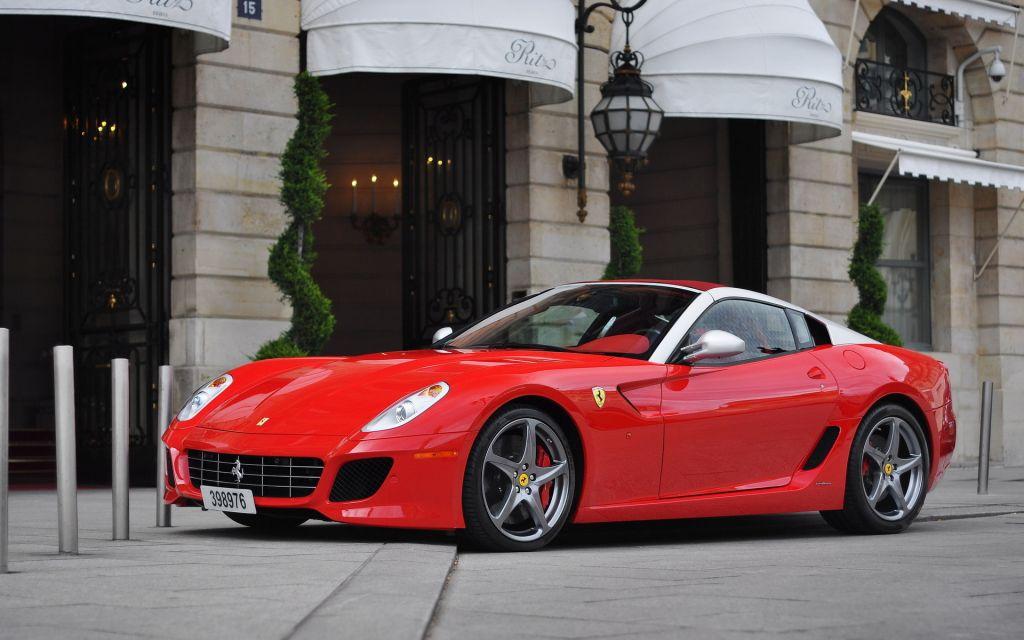 Автомобили Ferrari, парковка, Ferr…
